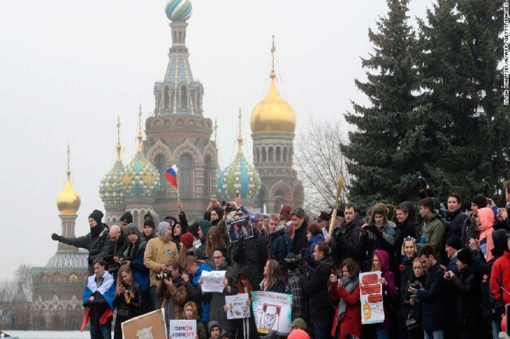 ARTICLE | THE RUSSIAN AWAKENING?